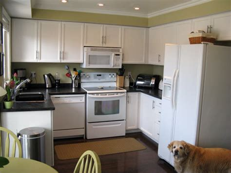 white painted kitchen cabinets painting kitchen cabinets white casual cottage