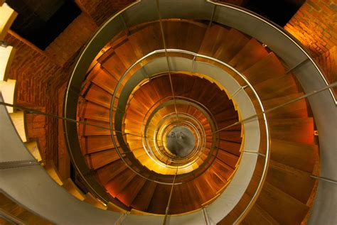 lights wiki file lighthouse glasgow spiral staircase jpg wikimedia