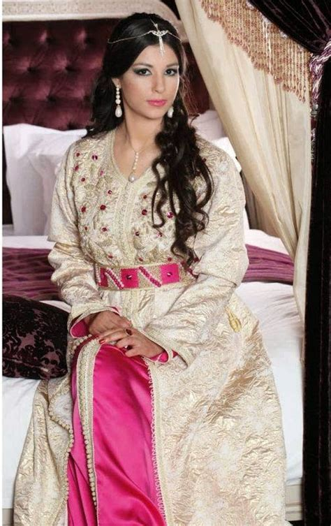 robe marocaine caftan takchita pas cher voir les 155