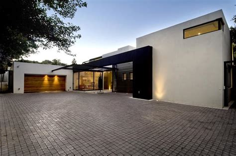 awesome home designs 25 awesome garage door design ideas