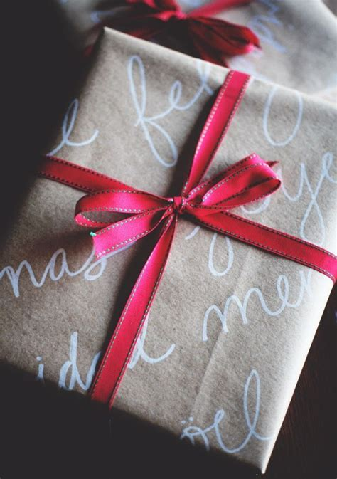 brown paper crafts handwriting on brown paper makes for beautiful wrapping