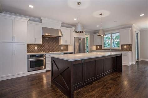white and brown kitchen designs white and brown kitchen features white shaker cabinets
