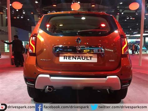 auto expo 2016 renault duster facelift showcased drivespark