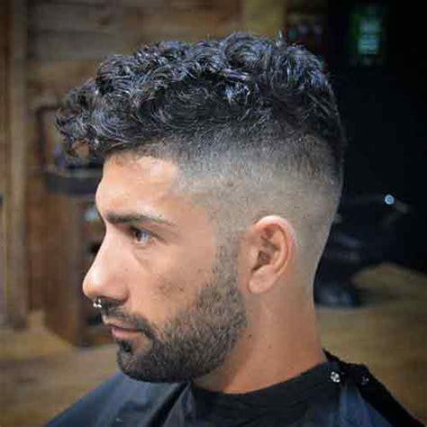 corte pelo rizado hombre corte de cabello rizado