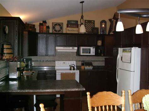 country kitchen countertop ideas your home kitchen primitive decorating ideas for kitchen primitive