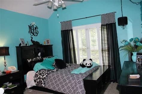 blue black and wight panda room kimi pinterest blue