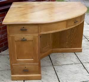 corner oak desk a large golden oak corner desk antiques atlas