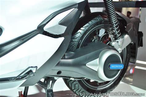 Honda Pcx 2018 Electric by Honda Pcx Electric Concept Rear Suspension At 2018 Auto Expo