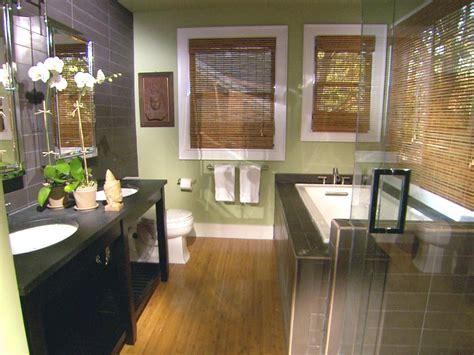 Hgtv Small Bathroom Makeover by 8 Bathroom Makeovers From Fave Hgtv Designers Bathroom