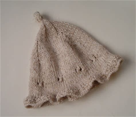 simple baby hat knitting pattern circular needles louise knits knit an easy baby hat