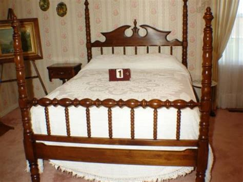 lillian bedroom suite lillian bedroom suite 28 images 5 pc 3 4 lillian