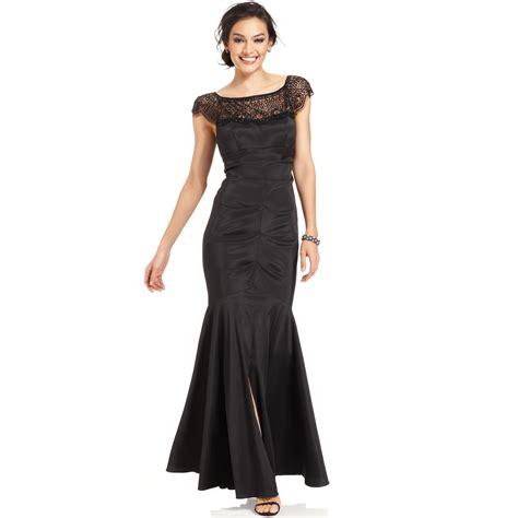 beaded cap sleeve gown xscape cap sleeve beaded mermaid gown in black lyst