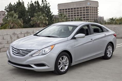 2011 Hyundai Sonata Reviews by 2011 Hyundai Sonata Reviews Specs And Prices Cars