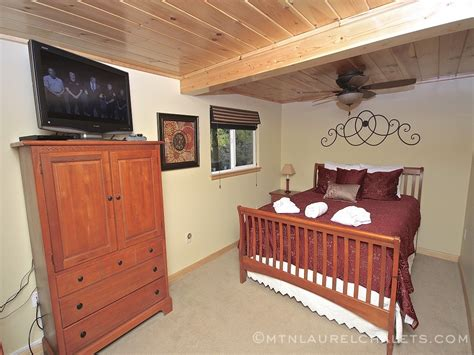 1 bedroom chalets in gatlinburg elegance a 1 bedroom cabin in gatlinburg tennessee