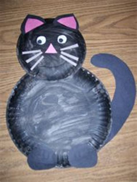 paper plate cat craft paint a large and small paper plate black or any other cat