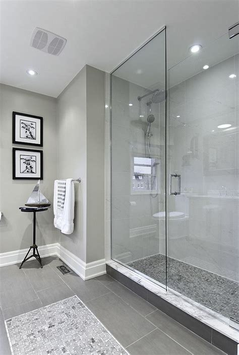 gray and bathroom ideas 25 best ideas about gray bathrooms on
