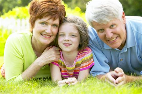 for grandparents how do the courts determine grandparents visitation rights