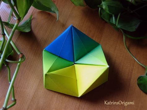 Origami Hexaflexagon Paper