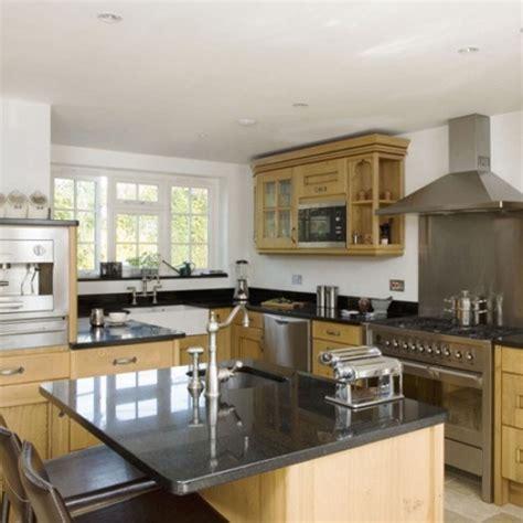 oak kitchen designs oak kitchen diner kitchen design decorating ideas