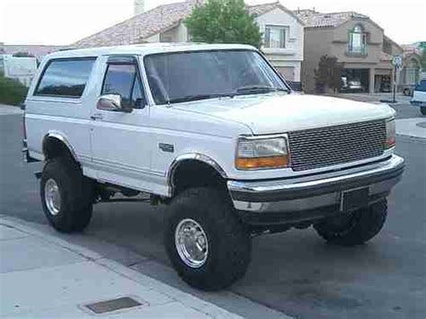 95 Ford Bronco by Buy Used 1994 95 96 Ford Bronco Xlt 4x4 Custom Built