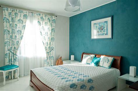 ophrey chambre couleur bleu glacier pr 233 l 232 vement d 233 chantillons et une bonne id 233 e de