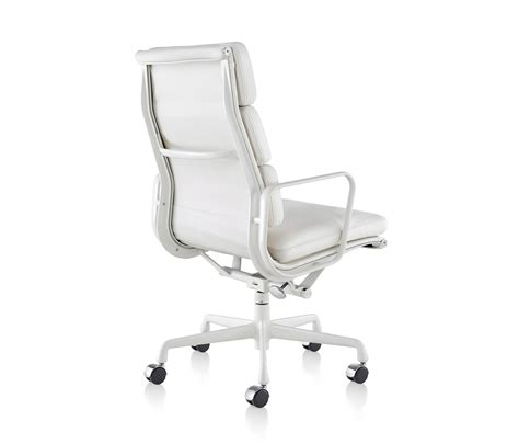 Eames Aluminum Executive Chair by Eames Aluminum Soft Pad Executive Chair Executive