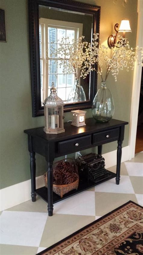 decorating a small foyer best 25 foyer table decor ideas on console