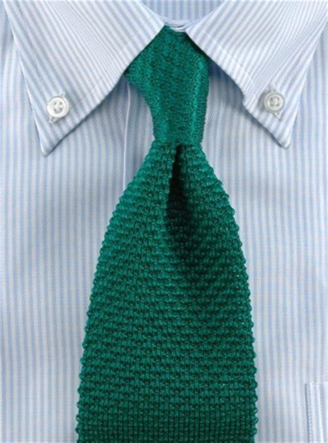 how to wear a silk knit tie classic silk knit tie in green