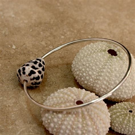 how to make shell jewelry 1000 images about sea shell jewelry on shell