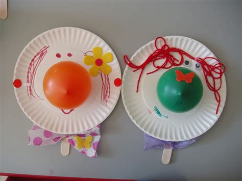 paper plate clown craft the activity idea place preschool themes and lesson plans