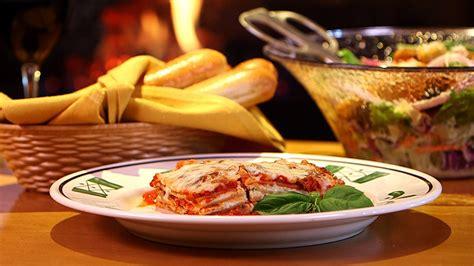 olive garden lasagna recipe olive garden s lasagna classico 60 popular restaurant dishes hacked popsugar food
