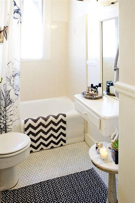 bathroom decor ideas for apartments warna rumah idaman di musim hujan rooang