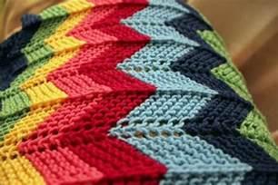 Crochet Zigzag Blanket Creatys For