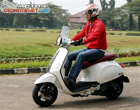 Vespa Matic Piaggio Lx 150 Modifikasi by The Gallery For Gt Vespa Scooter Black Modif