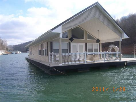 tva bans new floating homes but allows existing homes to