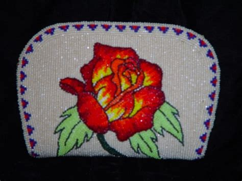 bead of roses beaded coin purse 2j