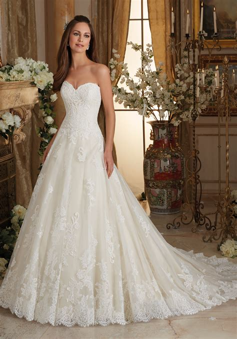 wedding gown embroidered lace on tulle gown wedding dress style