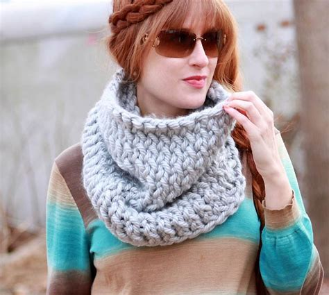 easy lace cowl knitting pattern chunky easy knit cowl allfreeknitting