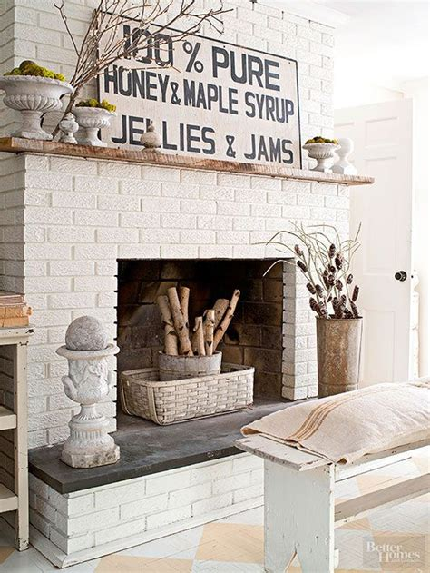 fireplace wall decor 25 best ideas about white brick fireplaces on
