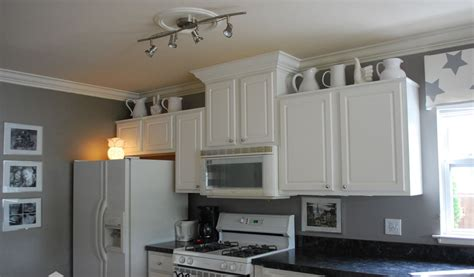 gray and white kitchen cabinets gray kitchen cabinets with white walls quicua