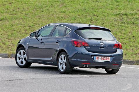 Opel Astra J by Gebrauchtwagen Test Opel Astra J Bilder Autobild De