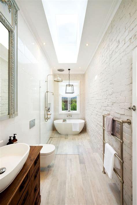 Narrow Bathroom Ideas best 25 narrow bathroom ideas on narrow