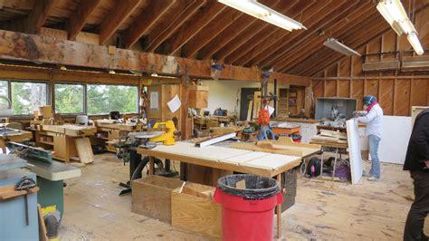 woodworking studio doing with handibot handibot