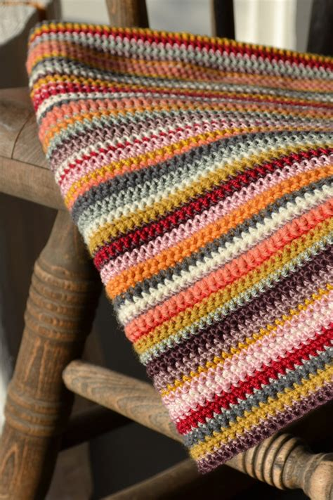 multi coloured knitted baby blanket 1000 images about trapillo para iniciados on