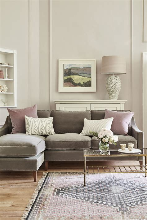 brown sofas in living rooms sofa buyer s guide corner sofas