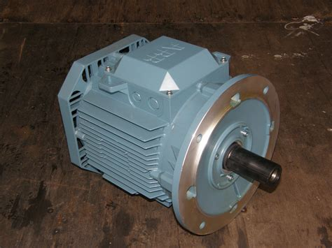 Motor Electric 5 Kw by 5 5kw Abb Electric Motor 2800rpm 3 Phase 4 Pole 7 5hp Ie2