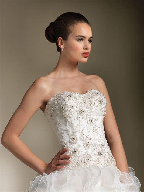 wedding dresses with beading how to bead a wedding dress weddingwoow