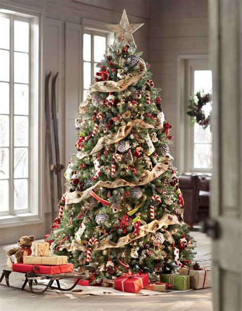 tree decoration pictures 25 creative and beautiful tree decorating ideas