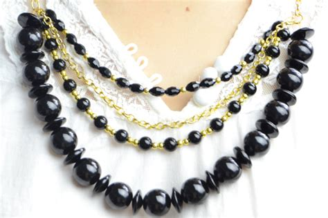 how to make chunky jewelry fashionable jewelry on a chunky golden chain