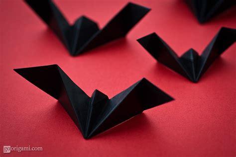 bat origami deck the s diy origami bats in the belfry